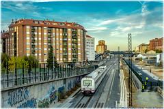 TRD en Zamora (440_502) Tags: 594 594r reformado trd grupo renfe operadora media distancia viajeros regionales regional valladolid campo grande zamora puebla de sanabria directo galicia