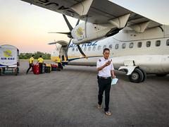 Arrivée à Bagan (Seb & Jen) Tags: bagan myanmar burma birmanie mandalayregion myanmarbirmanie oldbagan nyaungu royaumedepagan aeroport airport aircraft