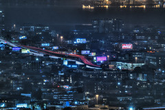 fog settles in (pbo31) Tags: bayarea california nikon d810 night dark black city january 2019 boury pbo31 sanfrancisco urban over twinpeaks view rooftops hdr lightstream motion traffic roadway highway 80 centralexpressway fog mist yahoo cocacola sign billboard