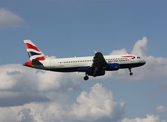 G-EUYC Airbus A320-232 British Airways (corkspotter / Paul Daly) Tags: geuyc airbus a320232 a320 3721 l2j hpbg 405ee0 baw ba british airways 2008 fwwby 20081212 lhr egll london heathrow