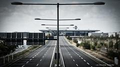 P1010330L (lutz_Wz) Tags: ber strase terminal lampen berlin brandenburg schönefeld outdoor