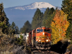 10/18/13 Bend, OR MP 3z (Austin Jacox) Tags: bnsf railroad trains freight central oregon bend nikon c449w ge