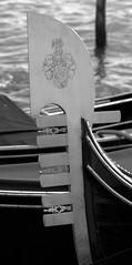 Fero - Gondole vénitienne (chriskatsie) Tags: gondole venise venice italie italia figure proue fer