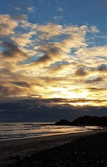 Cresswell Beach - Sunrise Cloudscape (P) (Gilli8888) Tags: cameraphone samsung s7 northeast northumberland nature cresswell cresswellbeach shoreline northsea sea water sunrise clouds sky coast coastal beach sand rocks