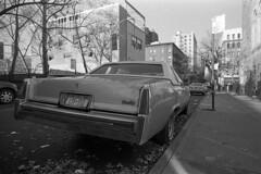 (juliusfrumble) Tags: ilford hp5plus skopar voigtlander color 21mm leica m4 cadillac