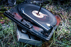 A broken record (Maisiebeth) Tags: plasgwynfryn criccieth northwales derelict ruined broken abandoned music vinyl disc record recordplayer crusty rusty