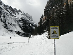 Spring Hiking Banff Parkway (Mr. Happy Face - Peace :)) Tags: cans2s canada alberta albertabound banff lakelouise banffparkway scenery landscape art2019 sun clouds sky nature weather weekend mild hiking canadaparks