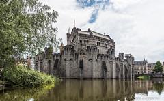 Gravensteen (joeri-c) Tags: gravensteen kasteel castle ghent gent gand belgie belgium belgien belgique water slot middleages middeleeuwen medieval oostvlaanderen vlaanderen flanders nikon d750 nikond750 20mm