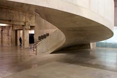The Tate Modern Project by Herzog Demeuron (Matthijs Borghgraef | Kwikzilver) Tags: matthijsborghgraef kwikzilver photography fotografie london uk tate modern spiral staircase minimal architecture concrete blavatnik building by herzogdemeuron architects 263 thetatemodernproject