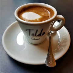 20190202_111031 (2) (kriD1973) Tags: europa europe italia italy italien italie lombardia lombardei lombardie milano milan mailand brera gelateria toldo bar café caffé coffee kaffee macchiato