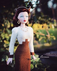 Favourite knit 💚 (pure_embers) Tags: pure embers doll dolls uk pureembers photography laura england gene marshall ashton drake emberscarmen carmen icedcoffee portrait 40s 50s style classic elegant fashion melodom collector vintage pinup knit dress sunshine