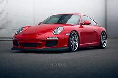 Porsche 911 Carrera   997.2   Guards Red (Peter Nowacki) Tags: samyang samyanglens samyang85mm 85mmf14 porsche 911 porsche911 997 carrera 911carrera porschecarrera 9972 rotiformwheels