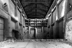 La barriera (Lo.Re.79) Tags: bw abandoned concrete decay emptyspaces exploration factory forgotten industry insdustrialdecay italy outdoor rotten rottenplaces urban urbex