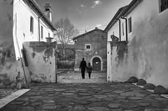 Moments (Claudio_R_1973) Tags: yard architecture santasevera lazio centralitaly bn blackandwhite monochrome landscape outdoor street scene couple people moments difference still nikond5600