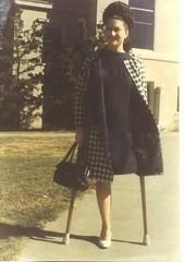 Roberta HD (jackcast2015) Tags: amputee amputeewoman amputeelady disabledwoman disabledladies crippledwoman crippled crippledlady crutches monopede hipdisarticulation