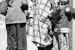 D'abord différents mais rapidement pareils # les enfants (Stephane Rio 56) Tags: maroc enfant nb afrique africa bw child ma mar morocco