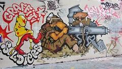 IMG_5250 rue Henri Noguères Paris 19 (meuh1246) Tags: streetart paris animaux ruehenrinoguères paris19 chien arme casque