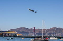 United Airlines Boeing 747-400 Golden Gate Bridge (www78) Tags: california fleetweek sanfrancisco united airlines boeing 747400 golden gate bridge fleet week san francisco