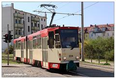 Tram Frankfurt (O) - 2019-02 (olherfoto) Tags: bahn tram tramcar tramway villamos strasenbahn tatra kt4d frankfurtoder