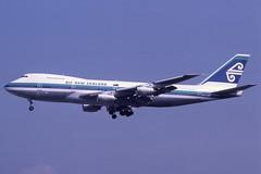 ZK-NZV Gatwick 12-8-1984 (Plane Buddy) Tags: zknzv boeing 747 airnewzealand lgw gatwick