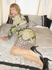 DSCN1782_pp (DianeD2011) Tags: crossdresser cd crossdress crossdressing stockings tg tranny transvestite tgirl tgurl pantyhose