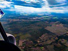 Departing from Cuba (lezumbalaberenjena) Tags: plane air airplane avión avion cuba villas villa clara boeing lezumbalaberenjena