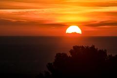 Coucher de soleil sur le Canigou depuis la chaîne des côtes 15 01 2019 (bruno Carrias) Tags: canigou lambesc chaînedescôtes sunset soleil bouchesdurhône provence provencealpescôtedazur pyrénéesorientales