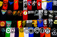 XXXL - A Tee For Two (Steve Taylor (Photography)) Tags: starlaboratories the100maywemeetagain deadshot thewalkingdead firestorm greenarrow bigbellyburger winchesterbros auaman wonderwoman riverdale flash superman eenymeenyminymoe negan joker design fashion symbol contrast colourful cloth newzealand nz southisland canterbury christchurch arrow armageddonexpo emblem judgedread tshirt tees tops