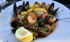 #Lunch in #Marin #California (Σταύρος) Tags: mountainhomein californië marin lunch seafood yummy delicious qualitytime cascadecanyon millvalley kalifornien kalifornia καλιφόρνια カリフォルニア州 캘리포니아 주 cali californie california northerncalifornia カリフォルニア 加州 калифорния แคลิฟอร์เนีย norcal كاليفورنيا shrimp lemon cla clams