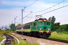 EU07-415 (Mariusz Sychowicz) Tags: pkp pkpintercity intercity ic polskakolej hcp ep07 warsaw warszawa madeinpoland polishtrain train eu07 siódemka eu07ipokrewne lokomowtywa railway railwayphotography