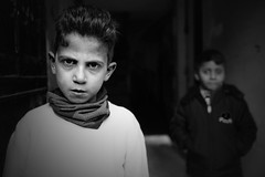 Child... (K.BERKİN) Tags: turkey tourism human people portrait street streetphoto streetphotograpy sony6300 dark kid kidgame life istanbul city child children blackwhite mirroless