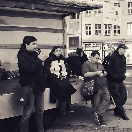 We lost today, but we're not giving up! . . . #cologne #spontan #artikel13demo #neumarkt #gehtwählen #article13 #saveyourinternet #savetheinternet #stopacta2 #wirsindkeinebots #uploadfilter