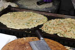Delicious food,Scallion cake (Liang Hung Ma) Tags: vegetarian scallioncake conventional market delicious