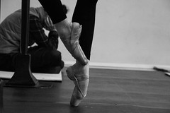#ballet #balletdanser #balletphotography #pointe #blackandwhite (khuskivadzeketi) Tags: balletdanser pointe ballet balletphotography