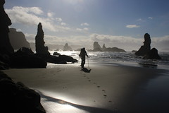 Brad leads the way through the maze (rozoneill) Tags: bandon beach face rock coquille point river devils kitchen oregon coast trail hiking