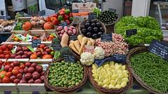 Farmers Market - 946 (simpsongls) Tags: market stall amboise france fruits tomato carrots beans food nikond7200