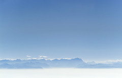 Amazing View (Aerial Photography) Tags: by gap obb 20022004 alpen alpenpanorama alpinepanorama bavaria bayern berg blau deutschland dunst farbe fotoklausleidorfwwwleidorfde fotoklausleidorfwwwleidorfaerialcom garmischpartenkirchen germany horizont landscapeandnature landschaft landschaftnatur luftaufnahme luftbild p2 s2p33502 stimmung weis zugspitze aerial alps blue color colour haze horizon landscape landscapenature mist mood mountain nature outdoor white