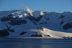 IMG_6883 (y.awanohara) Tags: cuvervilleisland cuverville antarctica antarcticpeninsula icebergs glaciers blue january2019