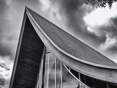 Apex (Tim Ravenscroft) Tags: church roof apex stpaul architecture monochrome blackandwhite blackwhite hasselblad hasselbladx1d
