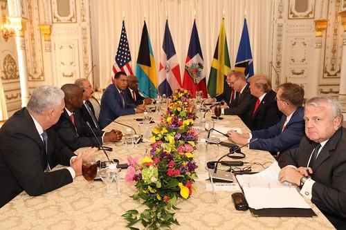 En Florida, presidente Danilo Medina participa en encuentro jefes de Estado y Gobierno del Caribe. Agradece invitación de Donald Trump