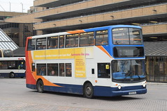 SE 18422 @ Peterborough Queensgate bus station (ianjpoole) Tags: stagecoach east dennis trident alexander alx400 ae06gzu 18422 working route 1 ferryview orton wistow three horseshoes werrington