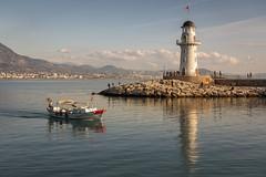 Der Leuchtturm (DeanB Photography) Tags: türkei leuchtturm wasser meer hafen urlaub deanb 2018 sony natur landschaft boot steg sonnenuntergang