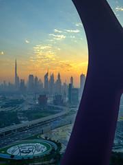 Sonnenuntergang in Dubai (the_real_raph) Tags: dubai dubaiframe burjkhalifa uae vae cityscape sunset fujifilmxt3 fujinonxf1024f4 travel reise urlaub flickrtravelaward