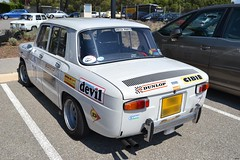 RENAULT R8 S (type R1136) - 1968 (SASSAchris) Tags: renault 8 s r8 voiture française 2 tours dhorloge losange rallye castellet circuit ricard type r1136