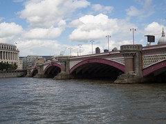 P8280217 (Chad Tillekeratne) Tags: london uk