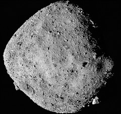 Bennu with Big Boulders (sjrankin) Tags: 29january2019 edited nasa bennu osirisrex grayscale asteroid rubble rocks primage boulders crater