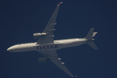 A7-ALF (Rob390029) Tags: qatar airbus a350 a7alf jet plane aircraft aviation flying flight airborne transport transportation transit blue sky high ott over top
