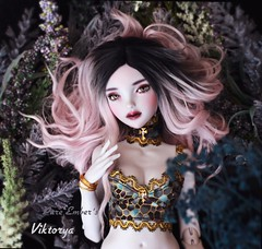 Gilded 💛 (pure_embers) Tags: pure embers bjd msd 14 doll dolls uk youpladolls vana youpla girl viktorya pureembers embersviktorya photography photo ball joint white purple resin portrait fantasy outfits gilded golden set underwater flowers