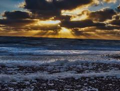 Abendstimmung an der Nordsee (ThoRom) Tags: meer sonnenuntergang strand nordsee küste wasser abend abendstimmung wellen see himmel