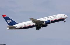 US Airways Boeing 767-2B7(ER) N255AY / BCN (RuWe71) Tags: usairways usawe cactus usa unitedstatesofamercia phoenix boeing boeing767 b767 b762 b767200 b7672b7 b7672b7er boeing767200 boeing7672b7er n255ay cn25257383 barcelonaairport barcelonaelprat barcelonaelpratairport elpratdellobregat aeropuertodebarcelona widebody twinjet scrapped